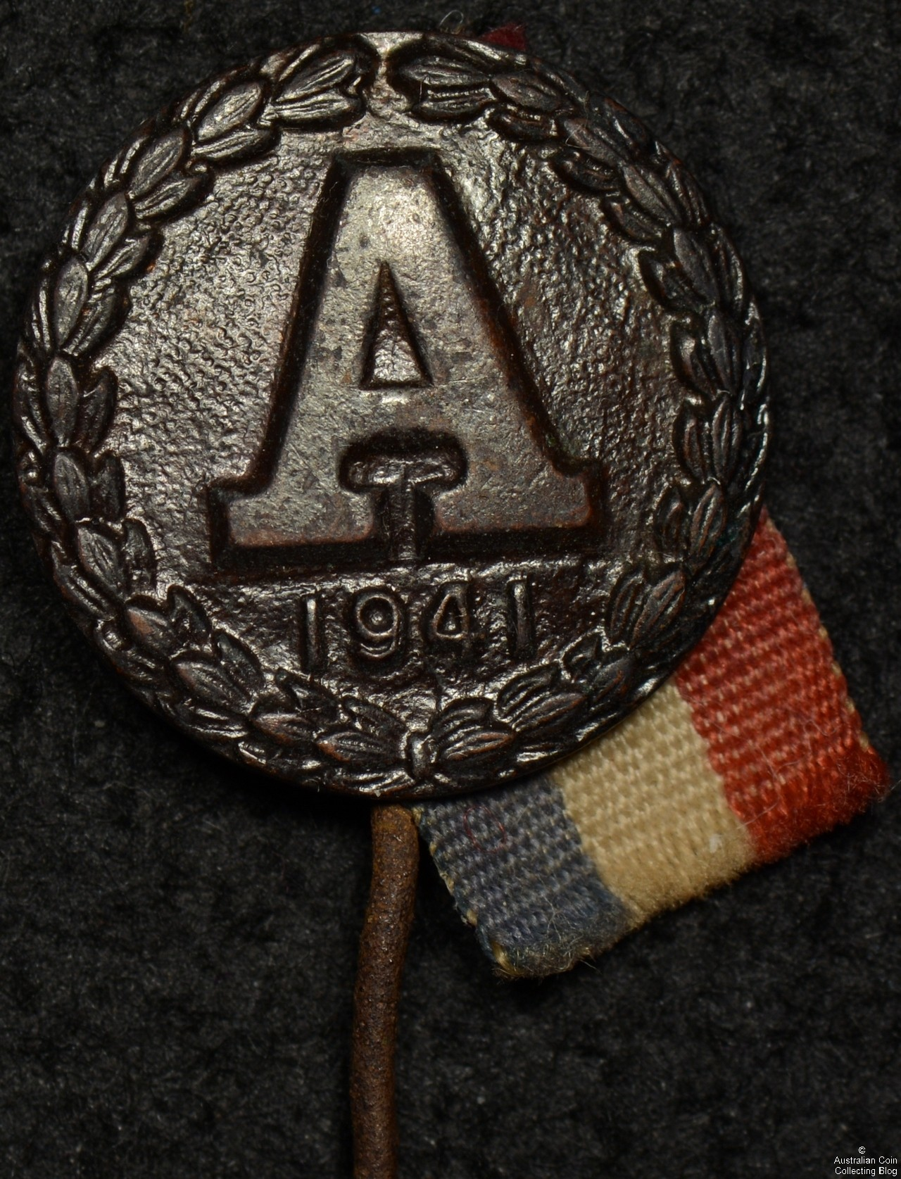 ANZAC 1941 Pin and Ribbon